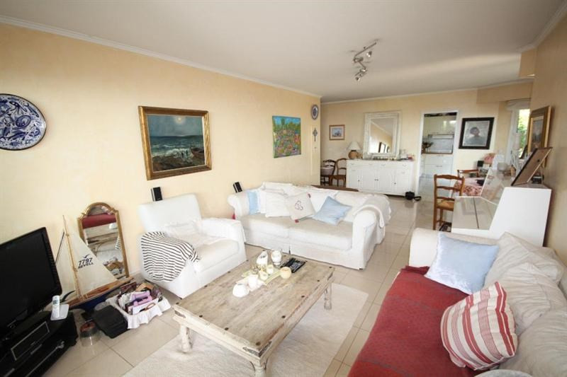 Sale apartment Antibes 598000€ - Picture 2