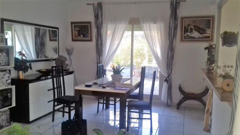 Sale house / villa Le pontet 303450€ - Picture 5