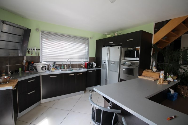 Vente maison / villa La tour du pin 299000€ - Photo 8