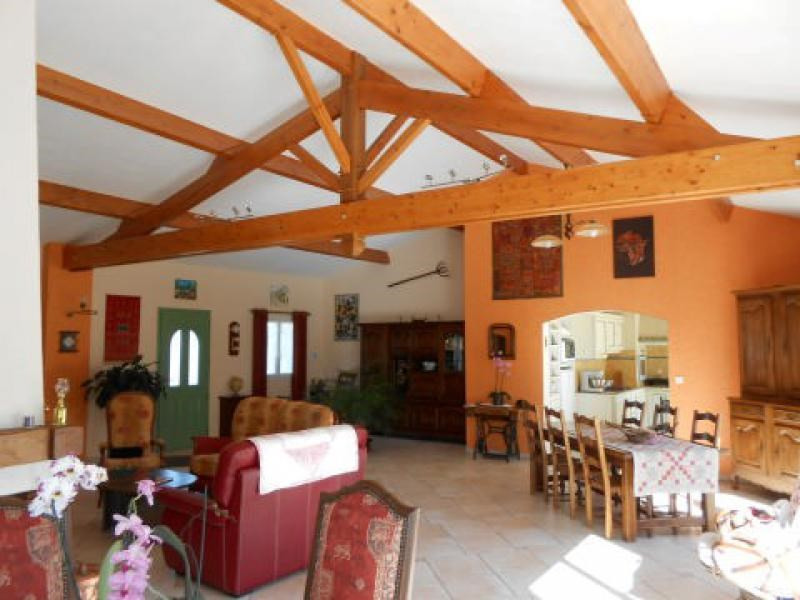 Sale house / villa Chize 285 000€ - Picture 3