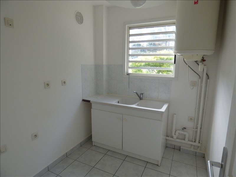 Sale apartment St pierre 78 500€ - Picture 4