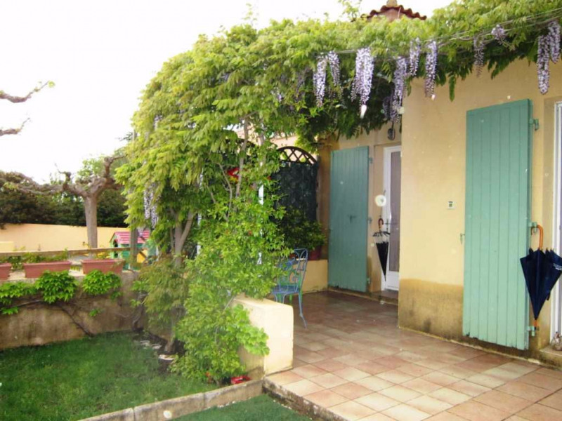 Location maison / villa Lambesc 895€ CC - Photo 7