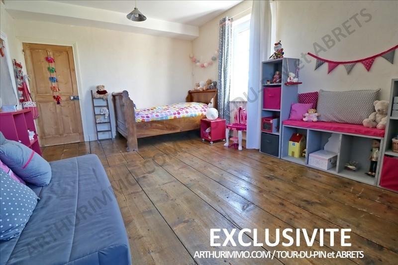 Sale house / villa La tour du pin 399000€ - Picture 6