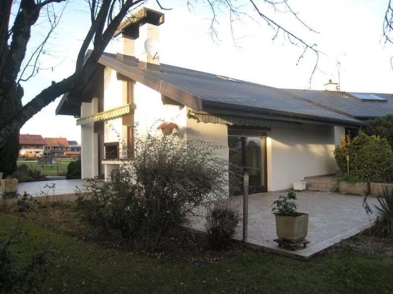 Location maison / villa Arenthon 1 950€ CC - Photo 2