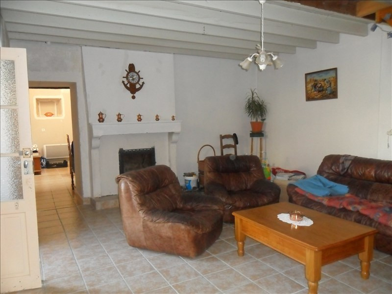 Sale house / villa Aulnay 75600€ - Picture 4