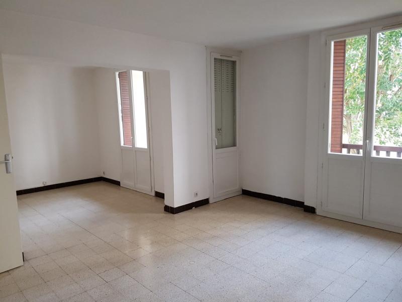 Location appartement Aix-en-provence 790€ CC - Photo 2