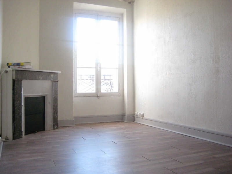 Rental apartment Bordeaux 517€ CC - Picture 1