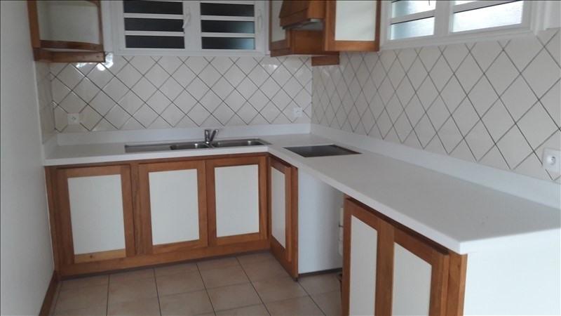 Sale house / villa St benoit 215000€ - Picture 3