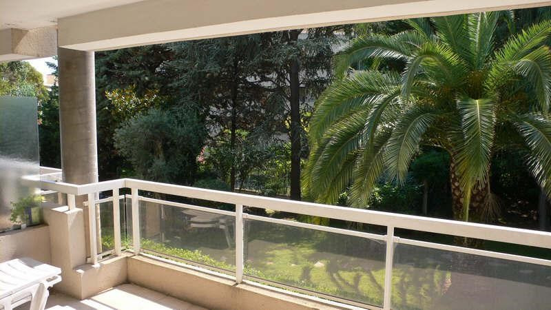 Sale apartment Golfe juan 211 000€ - Picture 1