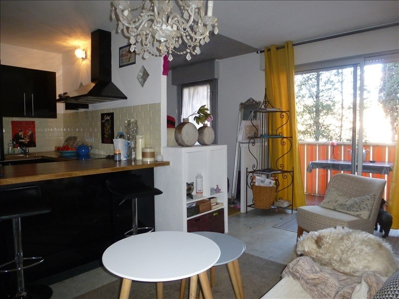 Sale apartment Vallauris 120 000€ - Picture 1