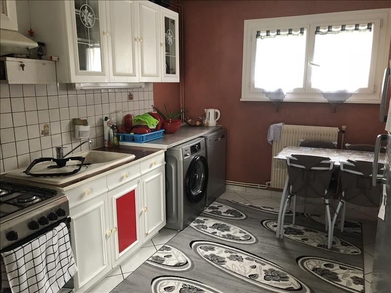 Sale apartment Annecy 242000€ - Picture 2