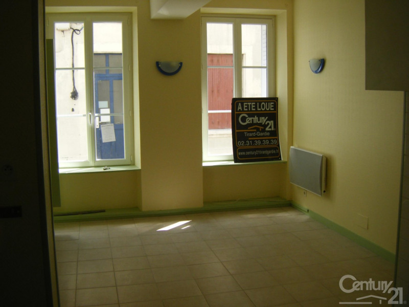 Locação apartamento Caen 355€ CC - Fotografia 2
