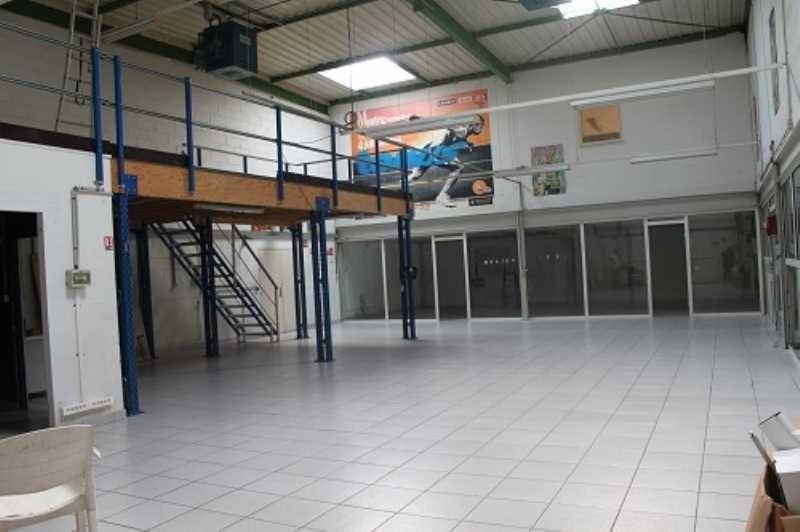 Vente Local d'activités / Entrepôt Saint-Thibault-des-Vignes 0