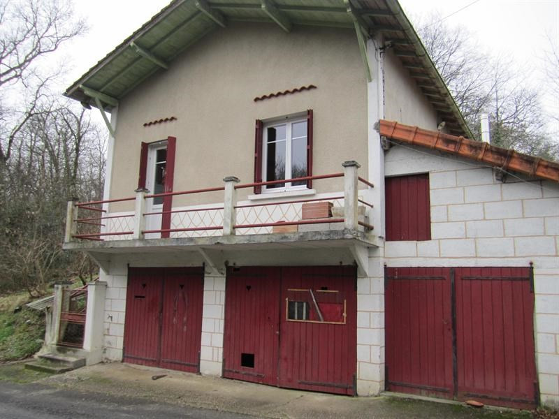 Sale house / villa Brossac 64000€ - Picture 2