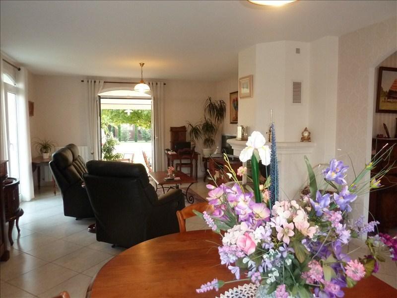 Sale house / villa Assat 330000€ - Picture 3