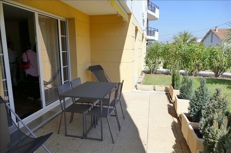 Deluxe sale apartment Royan 180500€ - Picture 2