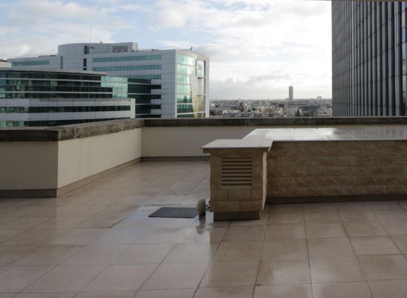 Sale apartment Courbevoie 884000€ - Picture 2