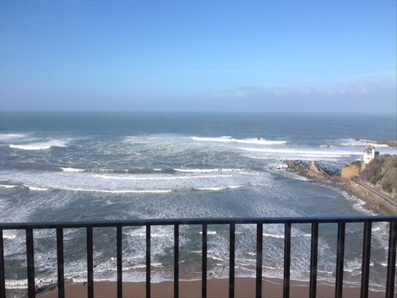 Deluxe sale apartment Biarritz 590 000€ - Picture 1
