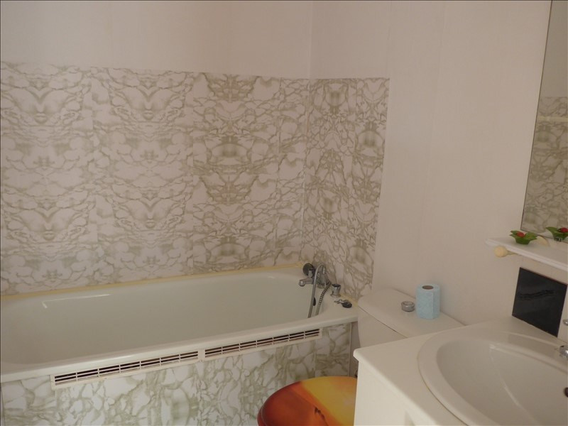 Sale apartment La roche sur yon 77 760€ - Picture 3