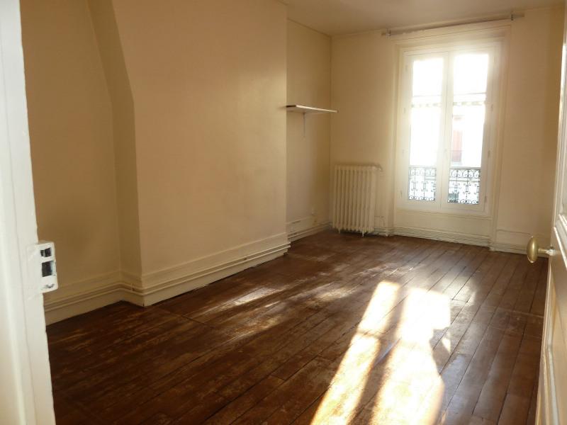 Verkoop  appartement Paris 10ème 327000€ - Foto 1