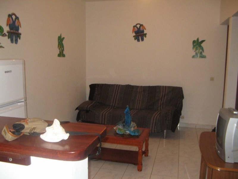 Rental apartment St francois 650€ CC - Picture 2
