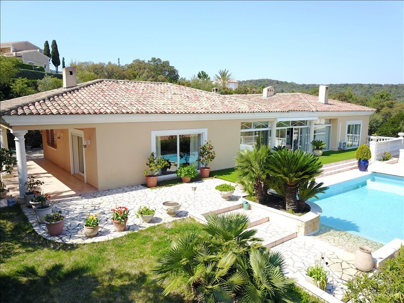 Deluxe sale house / villa St aygulf 1 980 000€ - Picture 2