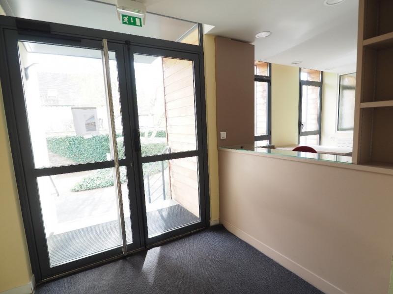 Rental office Vaux le penil 4917€ CC - Picture 4