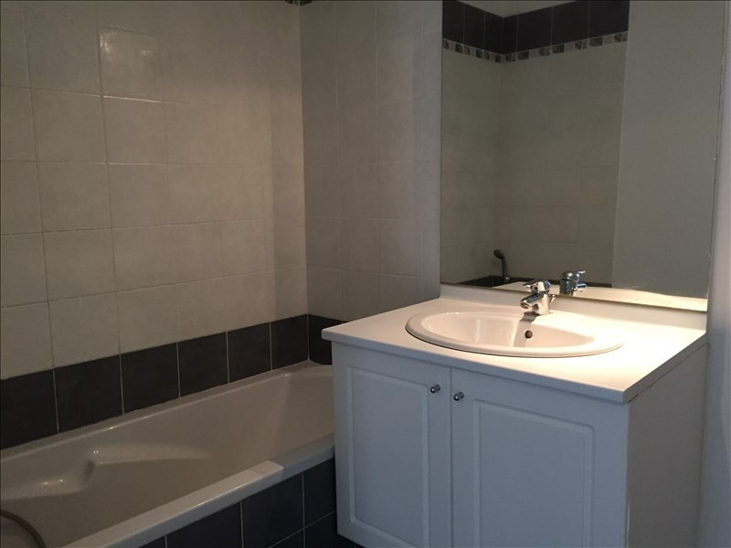 Sale apartment La seyne sur mer 112000€ - Picture 3