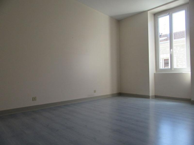 Location appartement Perigueux 338€ CC - Photo 3
