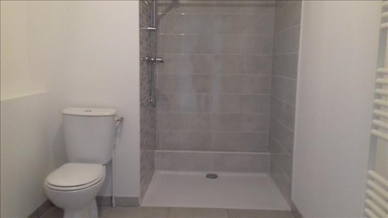 Location appartement Villenave d ornon 583€ CC - Photo 5