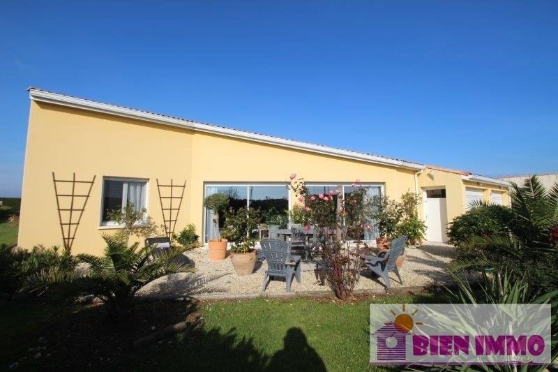 Sale house / villa Saint sulpice de royan 535600€ - Picture 1