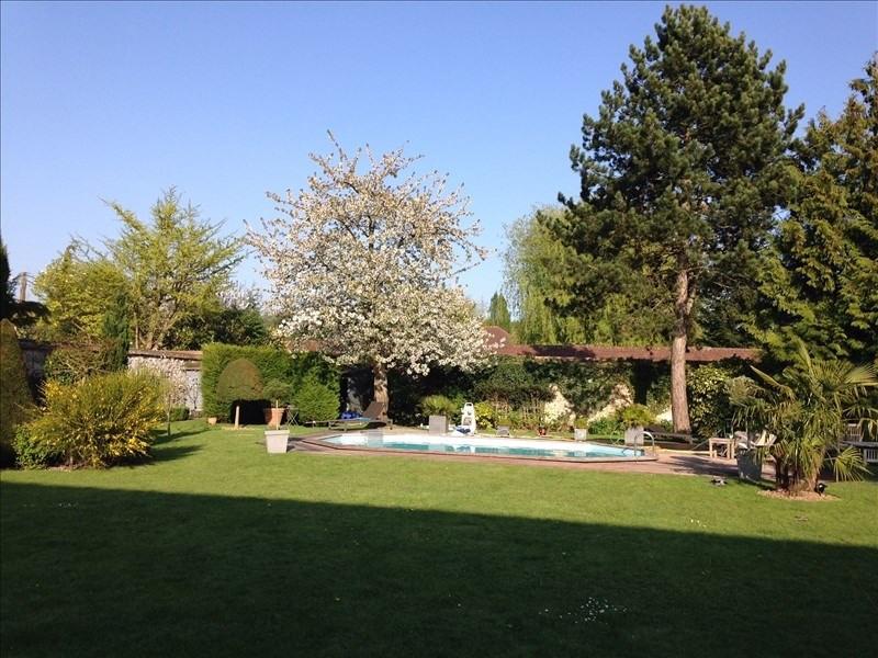 Deluxe sale house / villa Feucherolles 1250000€ - Picture 2