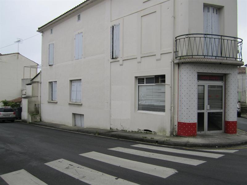 Vente immeuble Archiac 84000€ - Photo 1