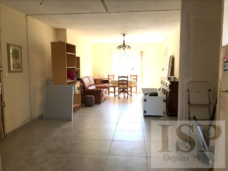 Rental apartment Les milles 949€ CC - Picture 3