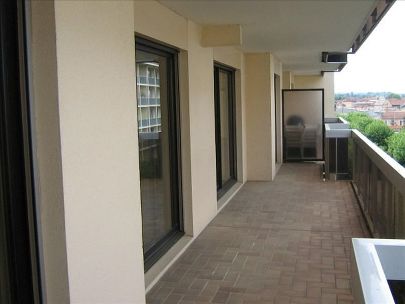 Location appartement Roanne 553€ CC - Photo 4