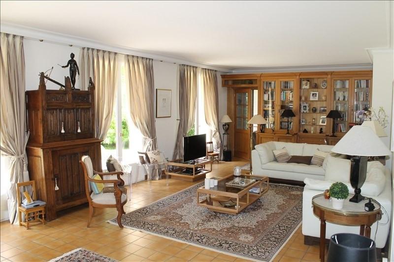 Revenda residencial de prestígio casa Louveciennes 1227000€ - Fotografia 3