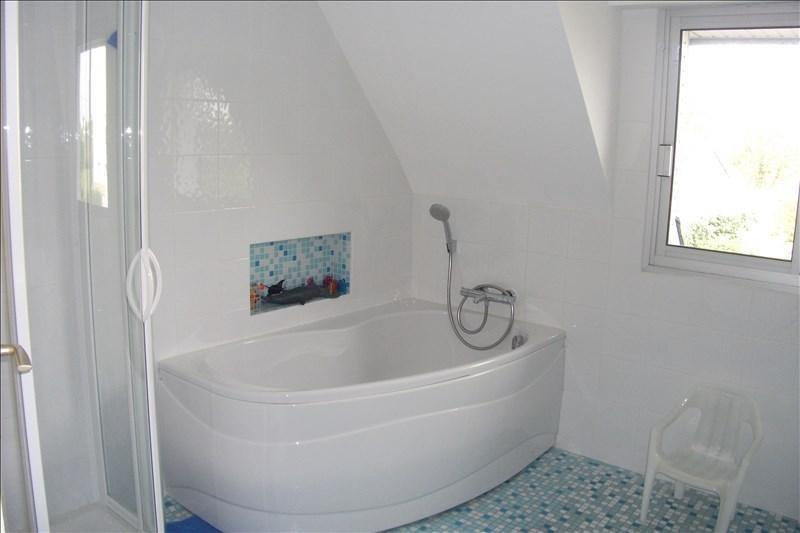 Sale house / villa Plouhinec 332800€ - Picture 10