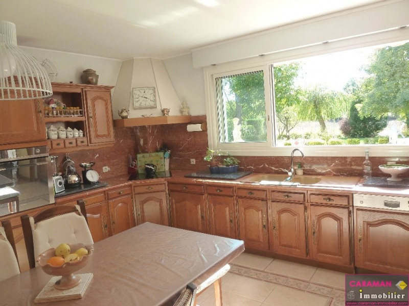 Deluxe sale house / villa Caraman  10 minutes 569 000€ - Picture 8