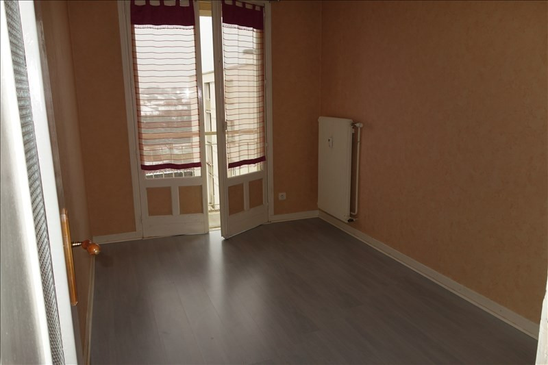 Rental apartment Riorges 579€ CC - Picture 8