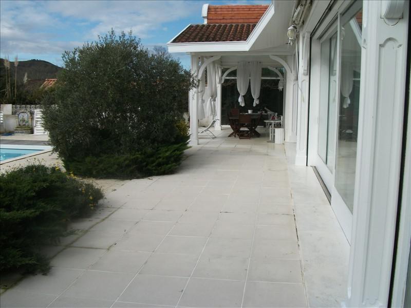 Deluxe sale house / villa St pee sur nivelle 660000€ - Picture 3