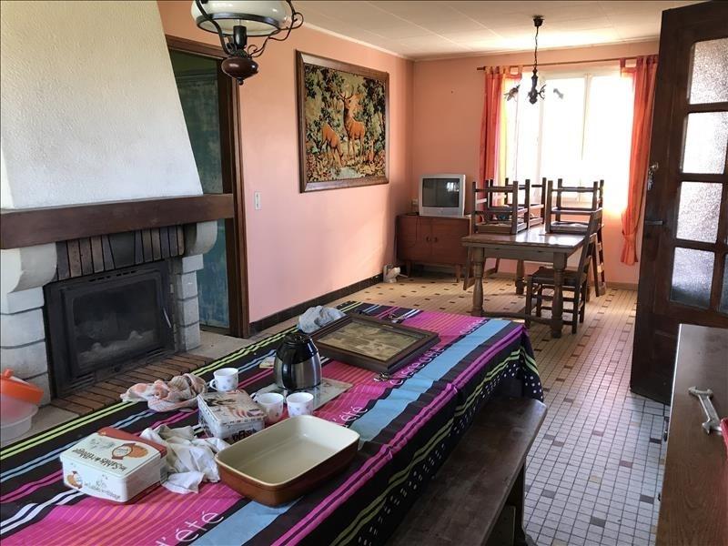 Sale house / villa St martin d aubigny 74950€ - Picture 3