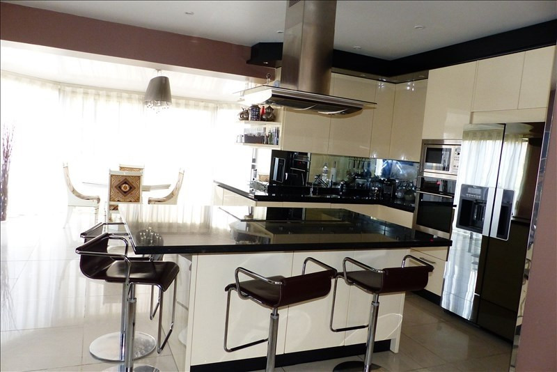 Deluxe sale house / villa Villemomble 720000€ - Picture 6