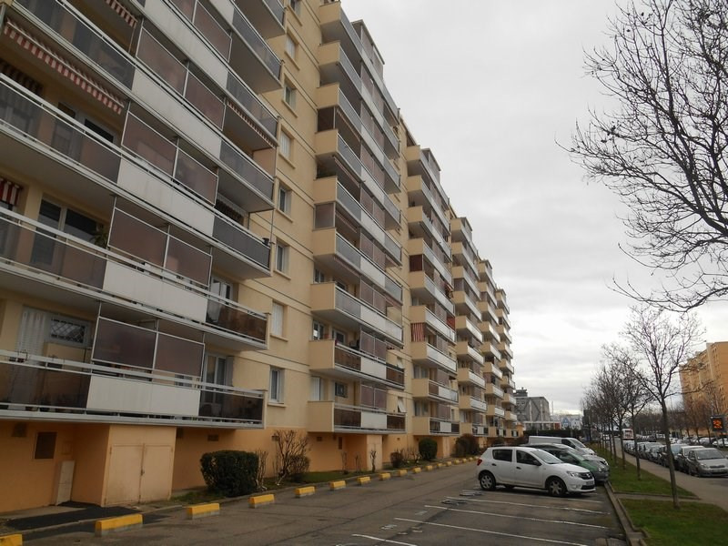 Rental apartment Ste foy les lyon 695€ CC - Picture 8
