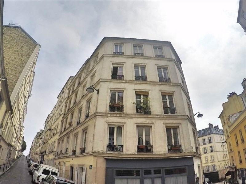 Sale apartment Paris 18ème 200000€ - Picture 1