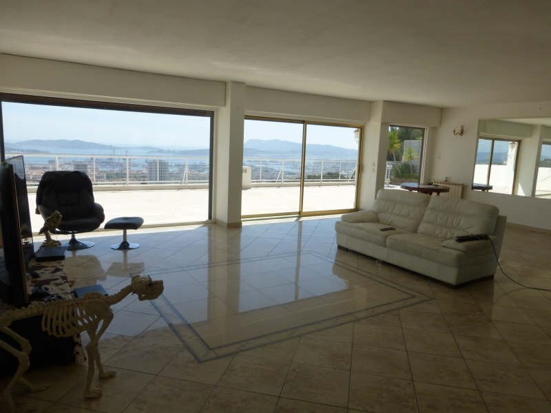 Deluxe sale apartment Toulon 635000€ - Picture 2