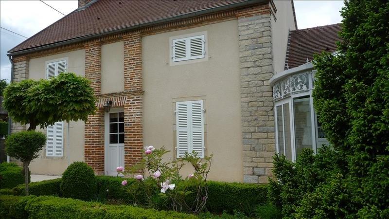 Sale house / villa Aiserey 339000€ - Picture 1