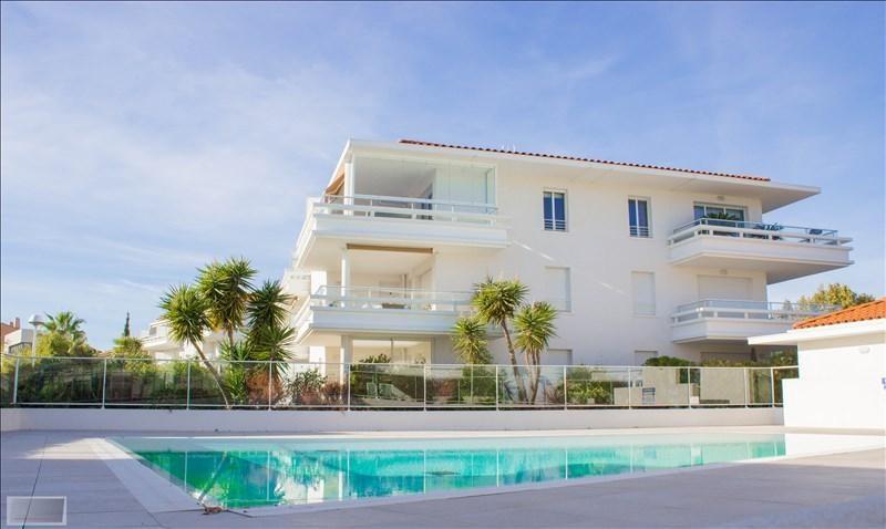 Deluxe sale apartment Carqueiranne 880000€ - Picture 4