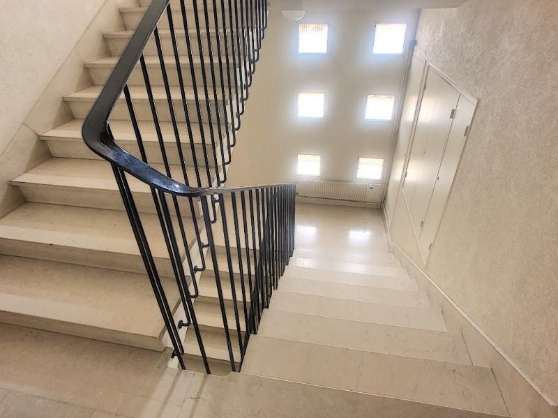 Verkoop  appartement Avignon 378000€ - Foto 8