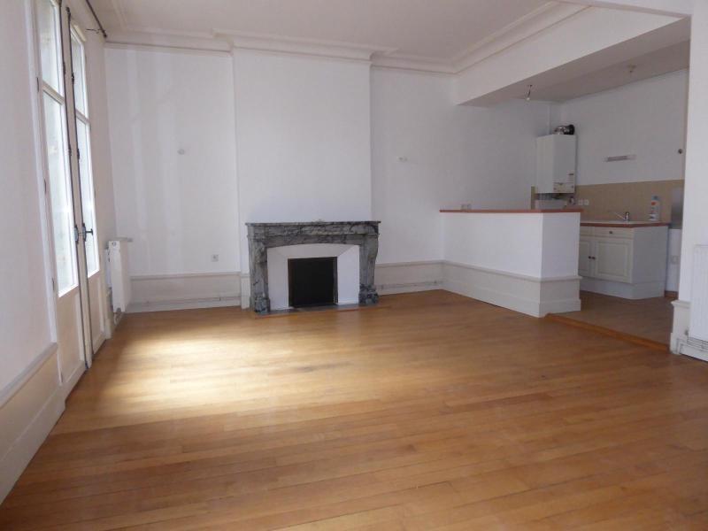 Location appartement Dijon 845€ CC - Photo 2