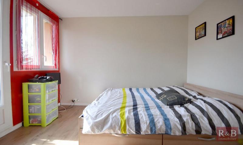 Sale apartment Les clayes sous bois 183000€ - Picture 4